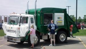 Tons_of_Trucks_4